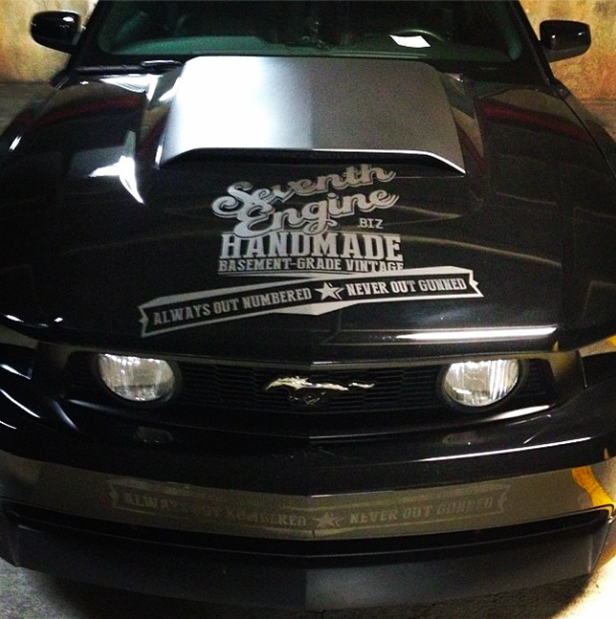 mustang_graphic_design